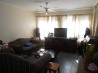 Lounges - 18 square meters of property in Waverley