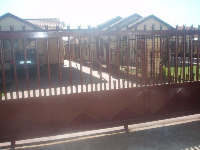 3 Bedroom House For Sale in Soshanguve - Private Sale - MR092623