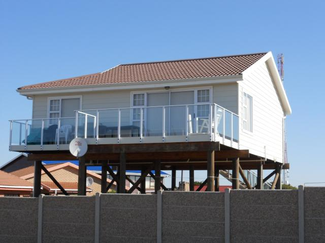 2 Bedroom House for Sale For Sale in Mossel Bay - Private Sale - MR092673