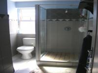 Bathroom 1 - 5 square meters of property in Bluewater Bay