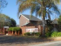 2 Bedroom 1 Bathroom Flat/Apartment for Sale for sale in Roodepoort