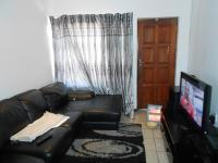 Lounges - 8 square meters of property in Emalahleni (Witbank)