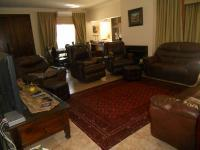 Lounges - 25 square meters of property in Douglasdale