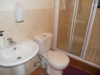 Main Bathroom - 1 square meters of property in Greenstone Hill