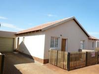 3 Bedroom 2 Bathroom Simplex for Sale for sale in The Orchards
