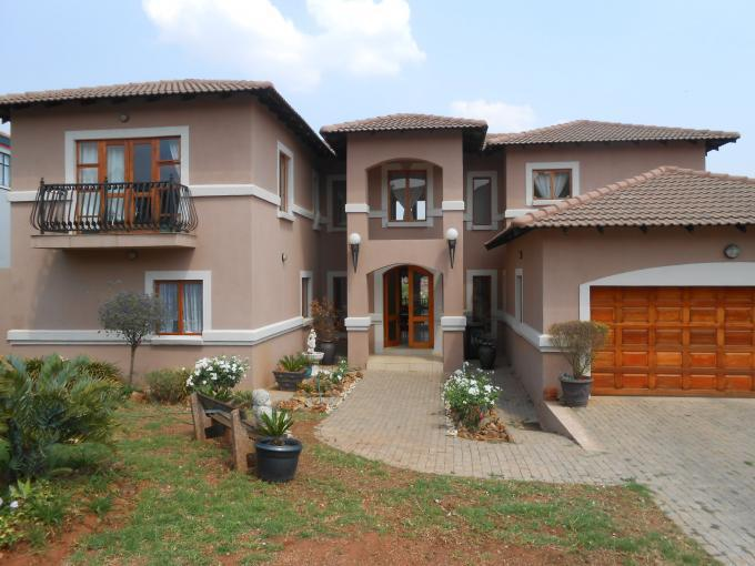 4 Bedroom House For Sale in Hartbeespoort - Home Sell - MR092815