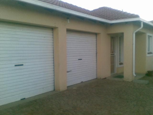 3 Bedroom House for Sale For Sale in Nellmapius - Private Sale - MR092861