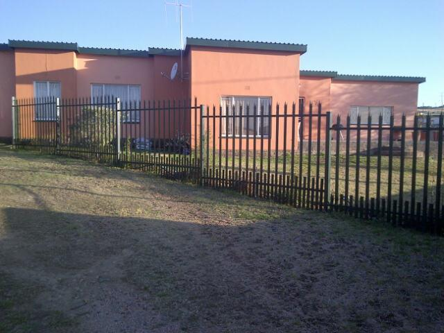4 Bedroom House for Sale For Sale in Magaliesburg - Private Sale - MR092932