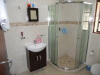 Main Bathroom - 5 square meters of property in Richard's Bay