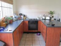 Kitchen - 9 square meters of property in Noordhang