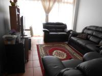 Lounges - 8 square meters of property in Pretoria North