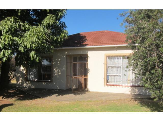 3 Bedroom House For Sale in Benoni - Private Sale - MR093101