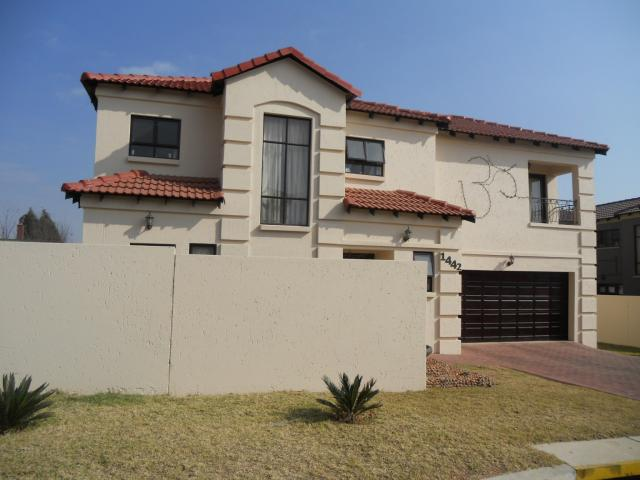 4 bedroom house for sale for sale in ormonde private for Private estates for sale