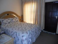 Bed Room 1 - 9 square meters of property in Ormonde