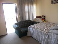 Bed Room 2 - 9 square meters of property in Ormonde