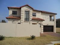 4 Bedroom 3 Bathroom in Ormonde