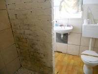 Main Bathroom - 20 square meters of property in Wynberg - CPT