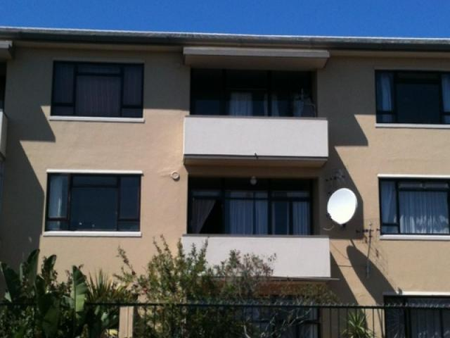3 Bedroom Apartment for Sale For Sale in Milnerton - Home Sell - MR093185