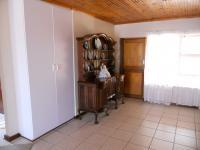 Dining Room - 28 square meters of property in Hartenbos