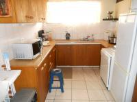 Kitchen - 12 square meters of property in Hartenbos