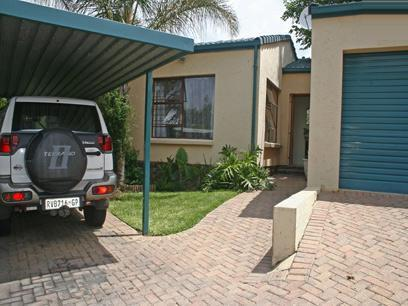 3 Bedroom Simplex for Sale For Sale in Olivedale - Home Sell - MR09327