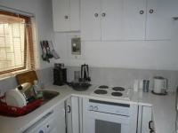 Kitchen - 6 square meters of property in Summer Greens