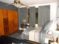 Main Bedroom - 23 square meters of property in Port Elizabeth Central