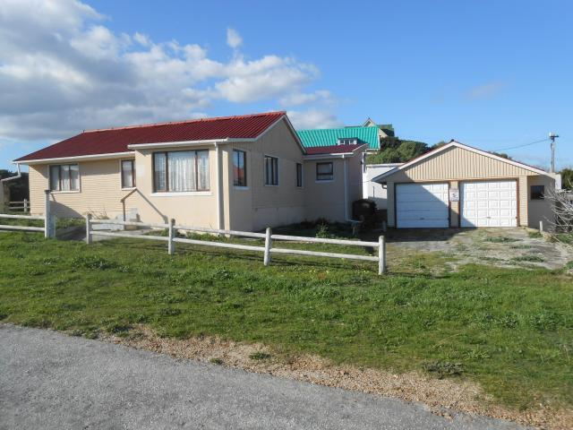 Absa Bank Trust Property House For Sale in Hermanus - MR093351