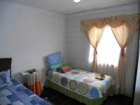 Bed Room 1 - 10 square meters of property in Mariann Heights