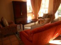 Lounges - 14 square meters of property in Franschhoek