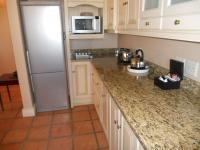 Kitchen - 9 square meters of property in Franschhoek
