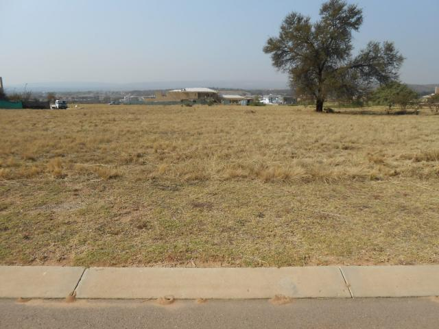 Land For Sale in Silver Lakes Golf Estate - Home Sell - MR093429