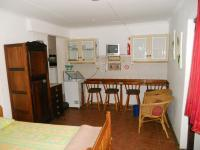 Bed Room 1 - 20 square meters of property in Hartenbos