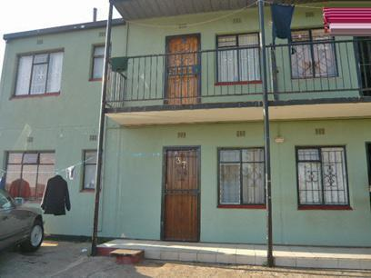 2 Bedroom Apartment for Sale For Sale in Riverlea - JHB - Private Sale - MR09352