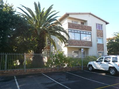 2 Bedroom House For Sale in Bellville - Private Sale - MR09353