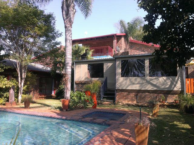 5 Bedroom House for Sale For Sale in Moreletapark - Home Sell - MR093548