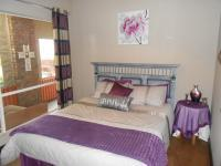 Bed Room 1 - 9 square meters of property in Moreletapark