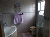 Bathroom 1 of property in Saldanha