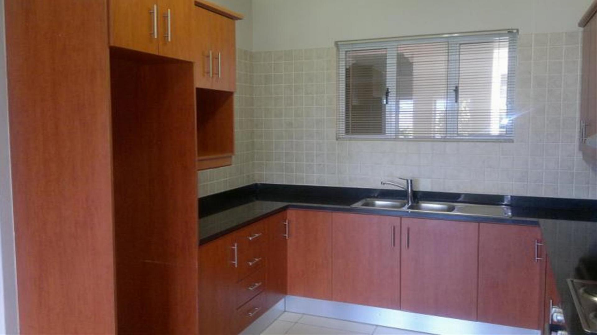 2 Bedroom Apartment For Sale For Sale In Worcester Home Sell Mr093628 Myroof