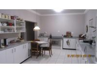 Kitchen of property in Wellington