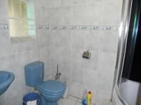 Main Bathroom - 3 square meters of property in South Hills