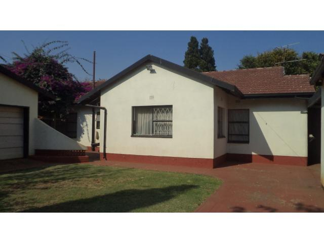 3 Bedroom House for Sale For Sale in Roodekop - Home Sell - MR093695