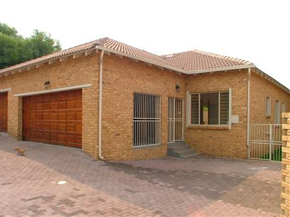 3 Bedroom Cluster To Rent in Cresta - Private Rental - MR09372
