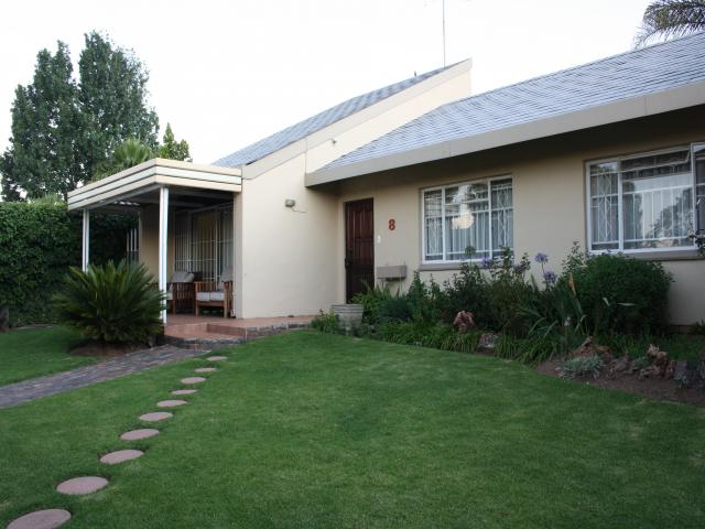 3 Bedroom House for Sale For Sale in Sandown - Home Sell - MR093746