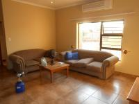 Lounges - 26 square meters of property in Bronkhorstspruit