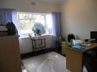 Bed Room 2 - 15 square meters of property in Robindale