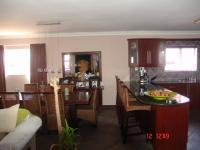 Kitchen of property in Milnerton