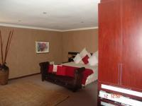Main Bedroom of property in Milnerton