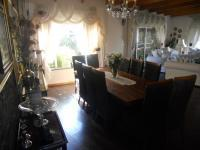 Dining Room - 25 square meters of property in Weltevreden Park