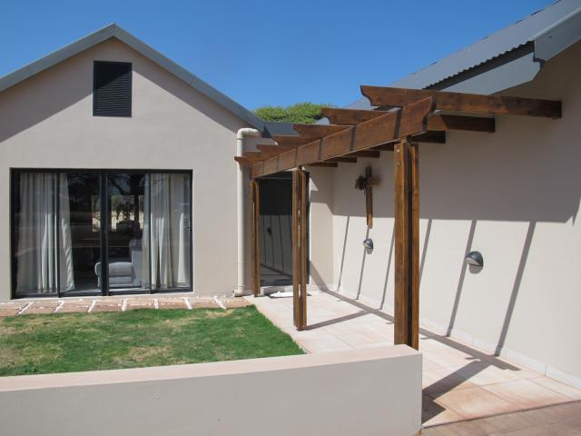 4 Bedroom House For Sale in Kathu - Private Sale - MR093932